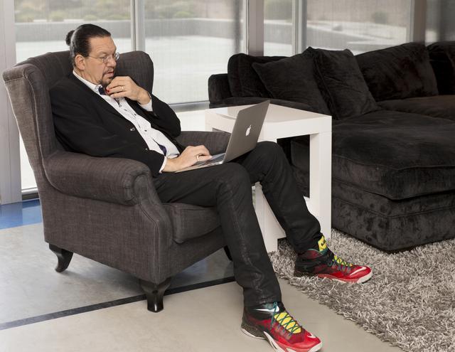 Developer To Buy Penn Jillette S Las Vegas Home Las