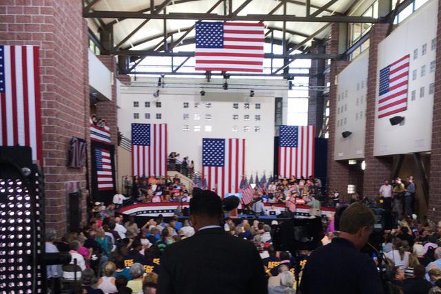 Hundreds gather to hear Hillary Clinton speak in Reno, Nevada on Aug. 25. 2016. (@SandraChereb/Twitter)