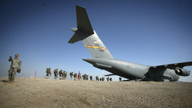 Soldiers load on a  C-17 Globemaster at the Nevada Test and Training Range in 2012. (Jeff Scheid/Las Vegas Review-Journal)