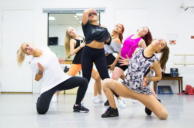 Parris Goebel, award winning New Zealand-born choreographer, dancer and singer, leads practice at Backstage Dance Studio in Las Vegas Friday afternoon Aug. 5,2016. Elizabeth Brumley/Las Vegas Revi ...