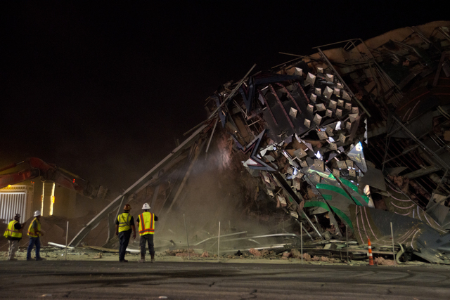 Workers tear at the pile of rubble that was once the Riviera hotel-casino after the final buildings were imploded early Tuesday morning, Aug. 16, 2016. Daniel Clark/Las Vegas Review-Journal Follow ...