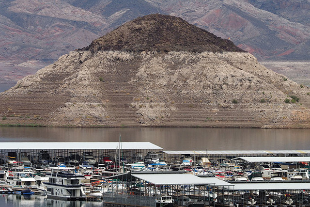 "The ""bathtub ring"" can be seen at the Boulder Basin Las Vegas Boat Harbor at Lake Mead, Thursday, Aug. 4, 2016.  (Jerry Henkel/Las Vegas Review-Journal)"