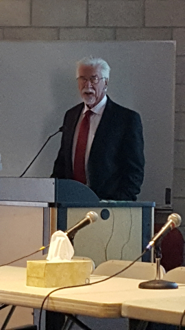 Dr. Dale Garrison of the Trauma Unit at UMC speaks July 16 during a Strangulation Seminar hosted by the Academy for Career Enhancement at UNLV. Special to View