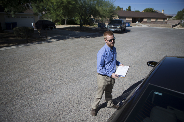 Joe Murphy, political coordinator for the United Food & Commercial Workers International Union, canvasses for democratic candidates on Saturday, Aug. 13, 2016, in Las Vegas. (Erik Verduzco/Las ...