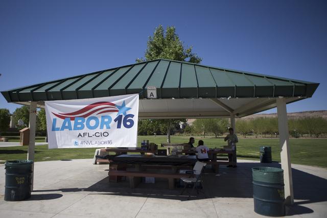 Members of the AFL-CIO are seen set up for their canvass event at Red Ridge Park on Saturday, Aug. 13, 2016, in Las Vegas. (Erik Verduzco/Las Vegas Review-Journal) Follow @Erik_Verduzco