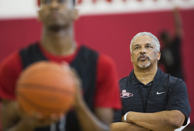 UNLV head coach Marvin Menzies runs practice at the Mendenhall Center at UNLV on Monday, August 1, 2016, in Las Vegas. (Benjamin Hager/Las Vegas Review-Journal)