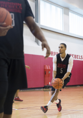 UNLV sophomore guard Jalen Poyser warms up before practice at the Mendenhall Center at UNLV on Monday, August 1, 2016, in Las Vegas. (Benjamin Hager/Las Vegas Review-Journal)