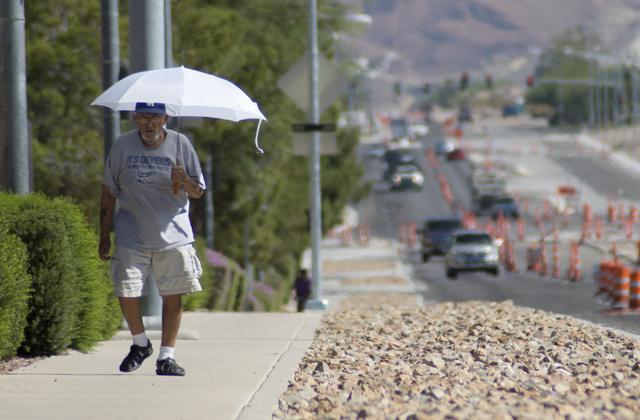 Joe Olmeda takes his daily walk along Racetrack Road in Henderson (Daniel Clark/Las Vegas Review-Journal Follow @DanJClarkPhoto)