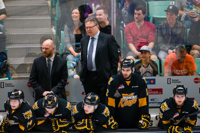 New Las Vegas NHL assistant general manager Kelly McCrimmon, center, coaches during the 2016 Memorial Cup tournament. (Rob Wallator/CHL Images)