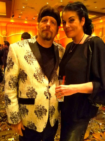 The Amazing Johnathan and Anastasia Synn at the Magic Live! convention Wednesday, Aug. 17, 2016, at The Orleans. (TVT)