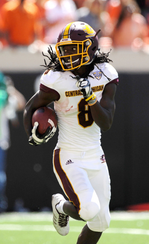 Central Michigan wide receiver Corey Willis runs for the winning touchdown during the second half of an NCAA college football game against Oklahoma State in Stillwater, Okla., Saturday, Sept. 10,  ...