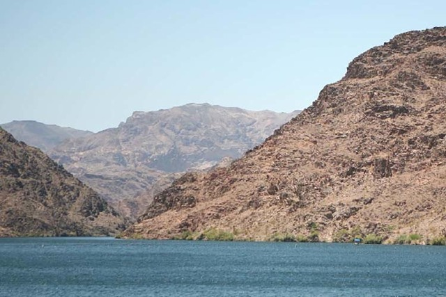 Lake Mohave is shown on June 18 near Willlow Beach, Ariz. (Las Vegas Review-Journal)