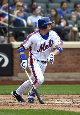 New York Mets' Brandon Nimmo at bat against the Minnesota Twins in a baseball game, Sunday, Sept. 18, 2016, in New York. (Kathy Kmonicek/AP)