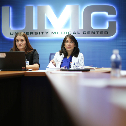 Dr. Meena Vohra, right, heads a meeting at University Medical Center in Las Vegas on Thursday, Sept. 22, 2016. Brett Le Blanc/Las Vegas Review-Journal Follow @bleblancphoto
