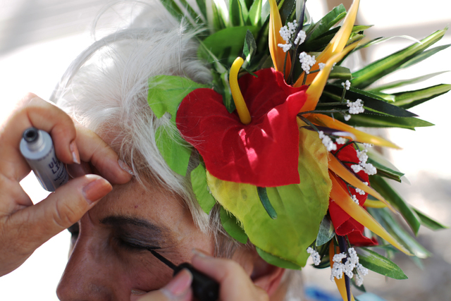 Gail Wright has her makeup done by Terry Greene at the Ho'olaule'a Pacific Islands Festival on Sunday, Sept. 11, 2016, at the Henderson Events Plaza in Henderson. Rachel Aston/Las Vegas Review-Jou ...
