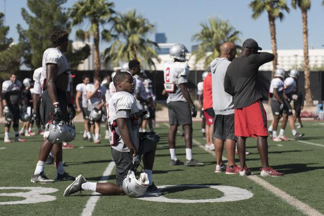 Lexington Thomas (3) takes a knee during football practice at UNLV's Rebel Park in Las Vegas, Tuesday, Sept. 27, 2016. (Jason Ogulnik/Las Vegas Review-Journal)