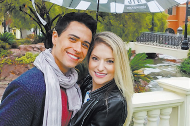 """""""Jersey Boys"""" star Graham Fenton, who plays Franki Valli, poses with his wife, Nicole Kaplan, a lead in """"Steve Wynn's Showstoppers."""" (Norm Clarke/Las Vegas Review-Journal)"""
