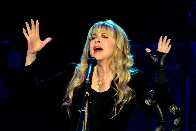 Singer Stevie Nicks of Fleetwood Mac performs at the MGM Grand Garden Arena on Monday, Dec. 30, 2013. (David Becker/Las Vegas Review-Journal)
