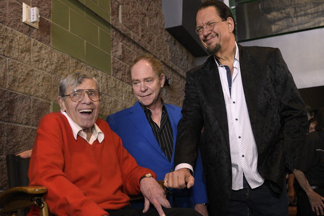 """Jerry Lewis talks with Penn Jillette and Teller before a preview of his new film """"Max Rose"""" Saturday, Sept. 24, 2016 at Regal Village Square Cinemas in Las Vegas. CREDIT: Sam Mor ..."""
