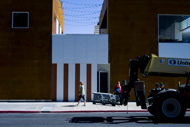 Final setup goes on for the Life is Beautiful music and arts festival in downtown Las Vegas on Friday, Sept. 23, 2016. Chase Stevens/Las Vegas Review-Journal Follow @csstevensphoto