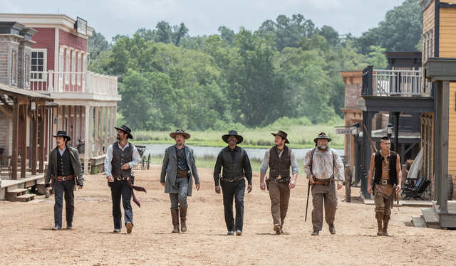 (l to r) Byung-hun Lee, Manuel Garcia-Rulfo, Ethan Hawke, Denzel Washington, Chris Pratt, Vincent D'Onofrio and Martin Sensmeier in Metro-Goldwyn-Mayer Pictures and Columbia Pictures' THE MAGNIFIC ...