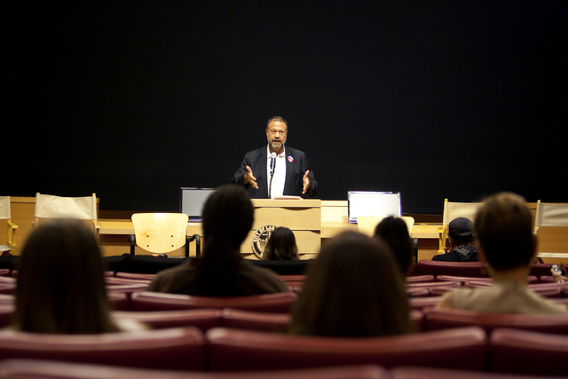 Dr. Mel Pohl speaks at the Mayor's Faith Initiative Addiction and Recovery group on Thursday, Sept. 8, 2016,  at Las Vegas City Hall. Loren Townsley/Las Vegas Review-Journal Follow @lorentownsley