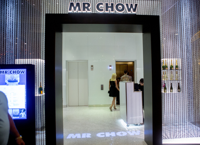 Guests enter the elevator to dine at Mr. Chow at Caesars Palace in Las Vegas, Saturday, Sept. 17, 2016. (Elizabeth Page Brumley/Las Vegas Review-Journal Follow @elipagephoto)