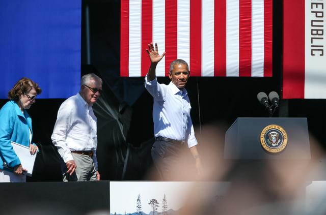 U.S. Sen. Dianne Feinstein, left, U.S. Sen. Harry Reid and President Barack Obama wave to the crowd at the 20th annual Tahoe Summit in Stateline on Wednesday, Aug. 31, 2016. (Cathleen Allison/Las  ...