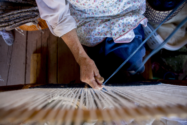 Vickie Johnson tapestry weaves during Pioneer Day at Spring Mountain Ranch State Park in Las Vegas, Sat, Sept. 17, 2016. Elizabeth Page Brumley/Las Vegas Review-Journal Follow @ELIPAGEPHOTO