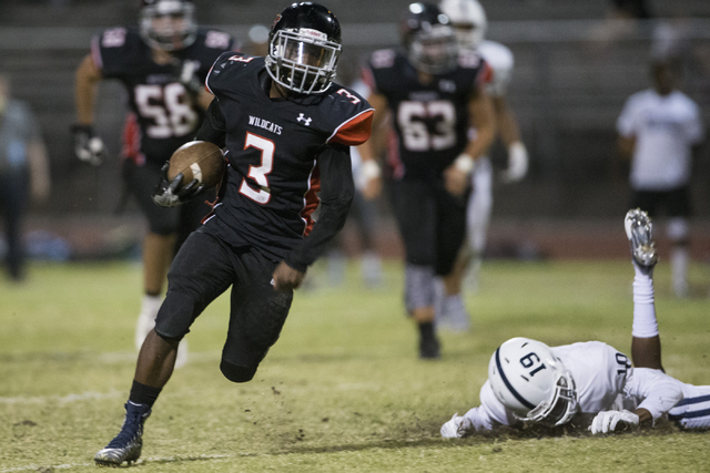 Las Vegas' DiQuan Brown (3) runs the ball for a touchdown in their football game against Centennial at Las Vegas High School on Friday, Sept. 16, 2016, in Las Vegas. Las Vegas won 24-21. Erik Verd ...