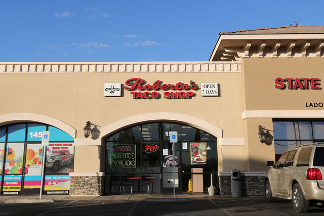 Roberto's Taco Shop near Craig Road and Rancho Drive in Las Vegas is seen on Friday, Sept. 30, 2016. Police say the store was robbed at gunpoint at about 5 a.m. this morning. (Brett Le Blanc/Las V ...