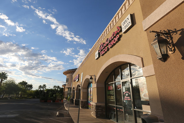 Roberto's Taco Shop near Craig Road and Rancho Drive in Las Vegas is seen on Friday, Sept. 30, 2016. Police say the store was robbed at gunpoint around 5 a.m. (Brett Le Blanc/Las Vegas Review-Jour ...