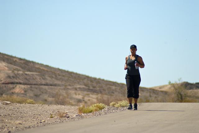Monique Stowers jogs along the Wells Trail in the Clark County Wetlands Park in Henderson on Monday, Sept. 26, 2016. Daniel Clark/Las Vegas Review-Journal Follow @DanJClarkPhoto