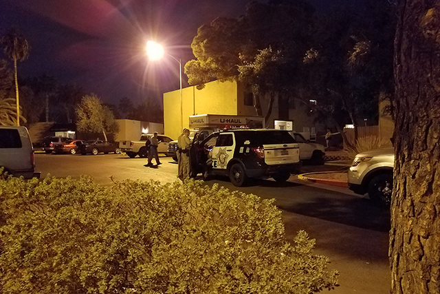 Las Vegas police are investigating a homicide that took place early Thursday morning at the Virginia Apartments in the southeast Las Vegas Valley.  (Mike Shoro/Las Vegas Review-Journal)
