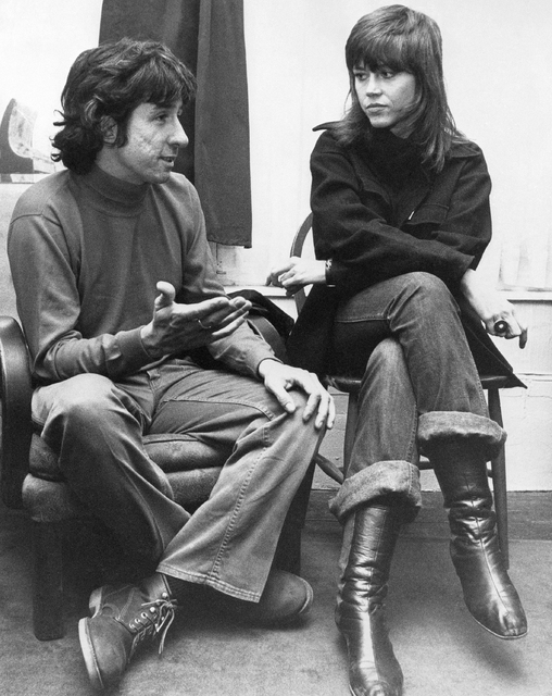In this Dec. 26, 1972 file photo, actress Jane Fonda, right, and Tom Hayden, one of the founders of SDS, talk at the home of a friend in London, after their arrival from Paris. Hayden, the famed 1 ...