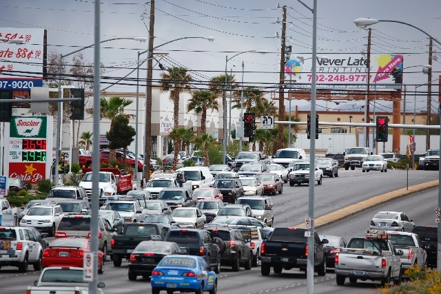 Traffic heading north is backed up on Las Vegas Boulevard at Carson Avenue in Las Vegas. (Las Vegas Review-Journal)