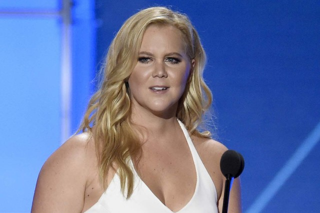 Amy Schumer accepts the Critics' Choice MVP award at the 21st annual Critics' Choice Awards in Santa Monica, Calif., Jan. 17, 2016. (Chris Pizzello/Invision/AP)