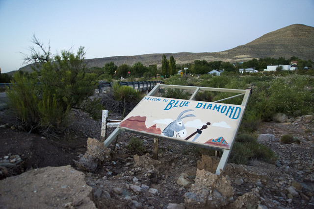A welcome sign is seen in the town of Blue Diamond on Wednesday morning, Aug. 10, 2016. Daniel Clark/Las Vegas Review-Journal Follow @DanJClarkPhoto