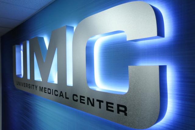A sign hangs in a meeting room of University Medical Center in Las Vegas on Thursday, Sept. 22, 2016. (Brett Le Blanc/Las Vegas Review-Journal) Follow @bleblancphoto