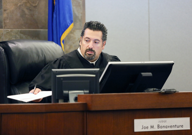 Judge Joe Bonaventure addresses Kansas felon Scott Carmitchelճ case at Regional Justice Center Thursday, July 31, 2014, in Las Vegas. Carmitchel is accused of armed robbery of the Bellagio h ...