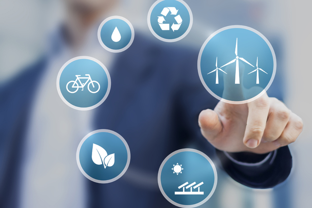 Presentation about renewable, clean energy for a sustainable development. (Thinkstock)