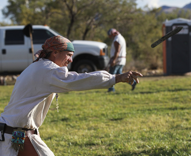 Mike Silver of Las Vegas throws a knife during the Spring Mountain Free Trappers Mountain Man Rendezvous at Spring Mountain Ranch State Park on Saturday, Oct. 29, 2016. Chase Stevens/Las Vegas Rev ...