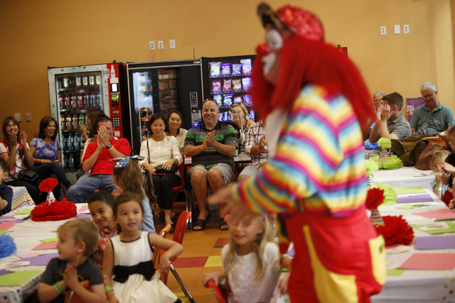 Creepy Clown Sensation Saddens Real Clowns Who Only Want To Bring - Children's birthday venues las vegas