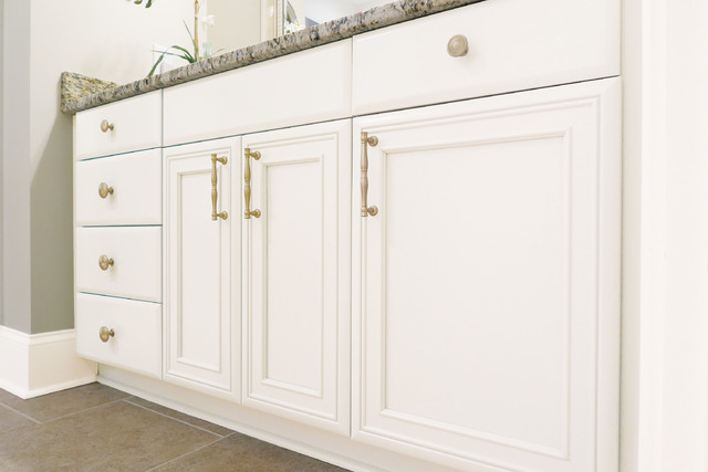 COURTESY AMEROCK Amerock's Crawford collection of knobs and pulls in Golden Champagne finish creates accents with unforgettable style that never fades into the background.