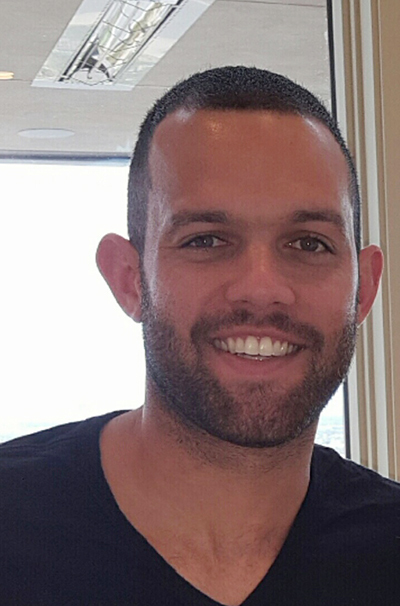 NBA player Jordan Farmar and his wife Jill Oakes Farmar, a former professional soccer player, have put their MacDonald Highlands house up for sale for nearly $3.9 million.