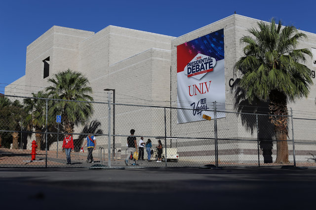 A presidential debate banner hangs from the Carol C. Harter Classroom Building Complex on UNLV campus in Las Vegas on Saturday, Oct. 15, 2016. (Brett Le Blanc/Las Vegas Review-Journal Follow @bleb ...