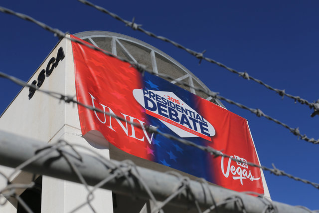 A presidential debate banner hangs from the Student Services Complex on UNLV campus in Las Vegas on Saturday, Oct. 15, 2016. (Brett Le Blanc/Las Vegas Review-Journal Follow @bleblancphoto)
