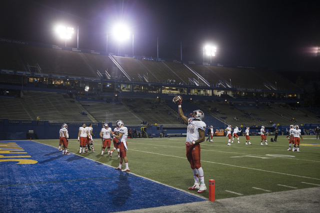 UNLV Rebels tight end Andrew Price (88) makes a one hand catch before their football game against the San Jose State Spartans at CEFCU Stadium on Saturday, Oct. 29, 2016, in San Jose. Erik Verduzc ...