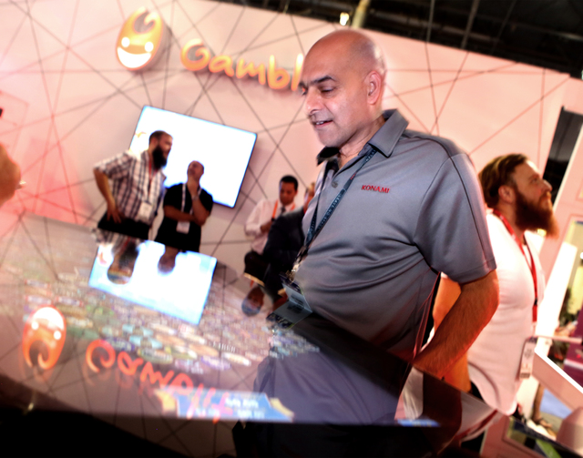 Ravi Sharma plays the Gamblit Gaming multi-platform surface game during the Global Gaming Expo at the Las Vegas Sands Expo and Convention Center on Thursday, Sept. 29, 2016. Jeff Scheid/Las Vegas  ...