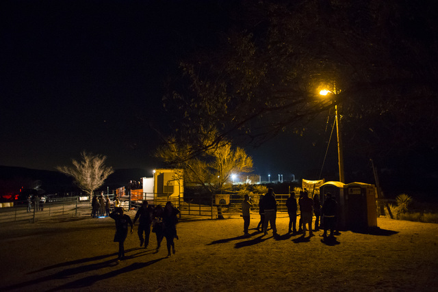 """People arrive for """"Bonnie Screams"""" at Bonnie Springs Ranch outside of Las Vegas on Tuesday, Oct. 25, 2016. (Chase Stevens/Las Vegas Review-Journal Follow @csstevensphoto)"""